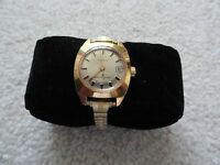 Vintage Timex Wind Up Ladies Watch with a Stretch Band