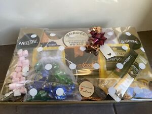 Luxury Biscuit Afternoon Tea And Coffee Gift Hamper / Lemon Drizzle Melt Border