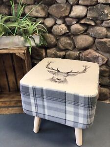 """COUNTRY SQUARE FOOTSTOOL! """" HIGHLAND STAG"""" COORDINATING GREY CHECK"""