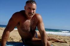 Shirtless Male Muscular Beefcake Hairy Chest Mature Beach Hunk PHOTO 4X6 D687