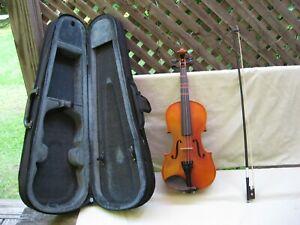 Carlo Robelli Violmaster P-108 1/2 Student Violin / Excellent / Bow + Case