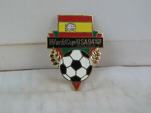 Team Spain Soccer Pin - 1994 World Cup by Peter David - Flag and Ball