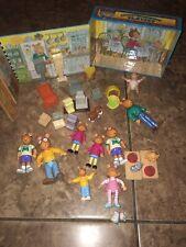 Playskool Pbs Arthur'S Neighborhood Folding Playset With Figures & Accessories