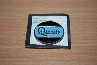 QUEEN - RARE ORIGINAL UK 1980s QUEEN BADGE freddie mercury