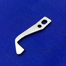 Couteau supérieur surjeteuse couteau supérieur  lame  Elna, Pfaff # H004131