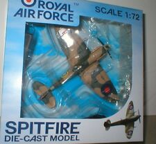 SPITFIRE Vb 616 Sqn, RAF Tangmere 1941, PILOT, WHEELS & STAND.1/72 diecast