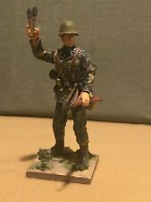 Dragon 1/16 Scale German Figure Panzer grenadier