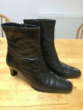 Ladies Clarks Black Leather Mid Calf-Length Heeled Boots Size 4.5 / 37.5