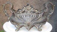 -Petite Jardinière de style Louis XV en métal