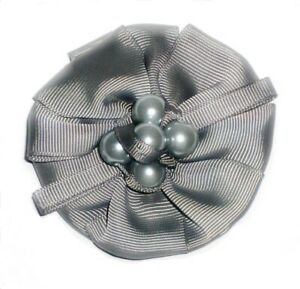 LADIES FASHION BROOCH IN FOUR COLOURS