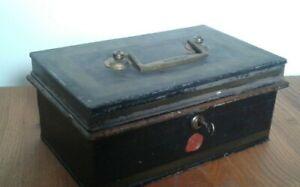 VINTAGE CASH BOX MILNERS OF LIVERPOOL ,ORIGINAL KEY BUT DOES NOT LOCK.