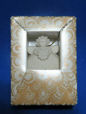 "Margaret Furlong 2"" Porcelain ""Daisy"" Shell Angel Ornament Mib 1996 Retired 2000"