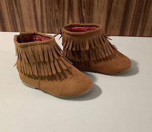 NWT Baby Girls Garanimals Fringe Boots size Baby/toddler  4