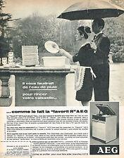 PUBLICITE ADVERTISING 075  1966  AEG  lave-vaisselle FAVORIT