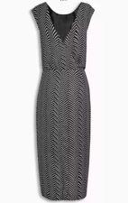 BNWT *Next* (size Uk 16) Black and White Chevron Print Mono Dress
