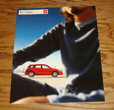Original 2005 Toyota Matrix Sales Brochure 05