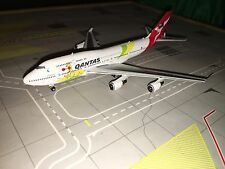 Phoenix 1:400 Qantas Airways B747-400 Boxing Kangaroo VH-OEJ
