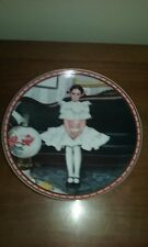 """""""Sitting Pretty"""" Norman Rockwell Knowles Collection 1986 Mib Coa"""