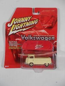 Johnny Lightning 1/64 Volkswagen 1966 Type 2 Pickup