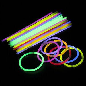 50 X Leuchtstäbe Armbänder Halsketten Neonfarben Party Geschenk Rave Disco Farbe