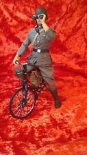 Dragon, Custom Model 1/6 Scale WWII German Bicyclist