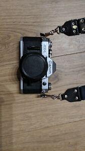 Canon AE-1 Program 35mm SLR Camera (Kit with 50mm f/1.8 Lens)