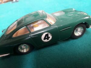 BOXED VINTAGE TRIANG SCALEXTRIC mm C68 ASTON MARTIN DB4 GT  60'S