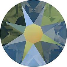 36 Swarovski Crystal Iridescent Green Flatback non Hotfix Rhinestone SS30 2058