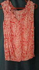 ana xl cute sleevless blouse red/white w/frilly neckline-