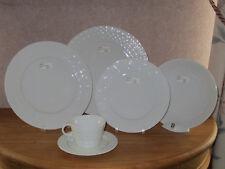 SOLOGNE DESHOULIERES *NEW* OSMOSE BLANC Set 4 Assiettes + 1 Tasse Plates + Cup