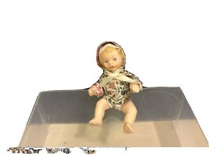 DOLLHOUSE PORCELAIN BLONDE HAIRED BABY