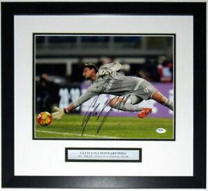 Gianluigi Donnarumma Autographed AC Milan 11x14 Photo PSA DNA COA Framed & Plate