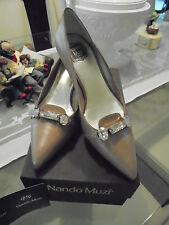 100% Original Nando Muzi Pumps  mit schönen Details Neu im Karton