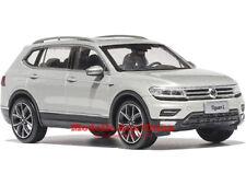 1:43 SAIC Volkswagen 2017 Tiguan Argent Islandais Métallisé Édition Distributeur