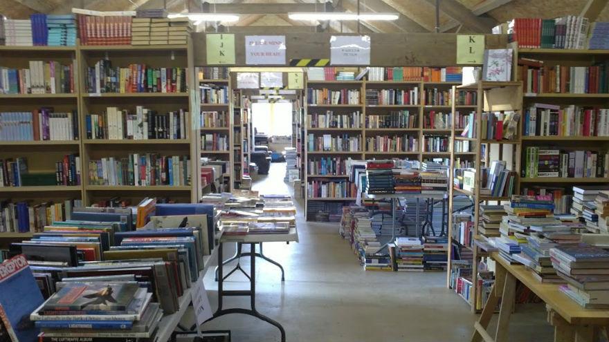 Aardvark Books Ltd