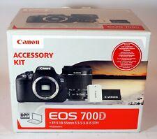 Appareil photo reflex CANON EOS 700D + Zoom EF-S 18-55 mm f/3.5-5.6 IS STM Neuf