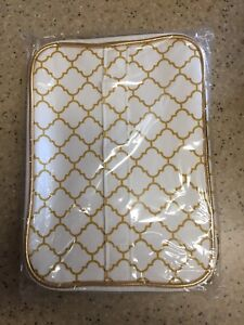 Laura Geller Train Case w/Zipper – Gold and White Design – New in Bag