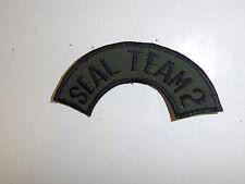 b6595n Vietnam US Navy   OD Seal Team 2 UDT tab for Bush hat or shoulder IR33G