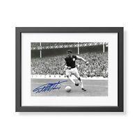 Sir Geoff Hurst Signed West Ham United Photo West Ham Autograph Memorabilia