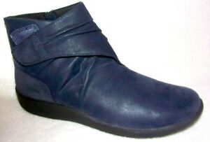 Clarks Cloudsteppers Sillian Tana Women's Navy Ankle Boots 8.5 M