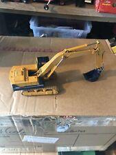 Tomica Dandy Komatsu PC200 excavator 1:43 scale model