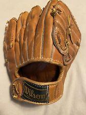 New listing Vintage Antique Luis Aparico Baseball Glove Wilson USA