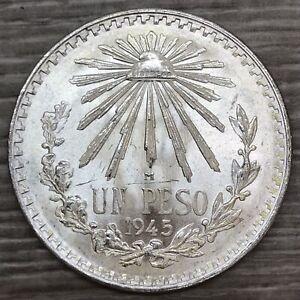 1945 Mexico Un Peso Cap & Rays Silver Coin (G566)