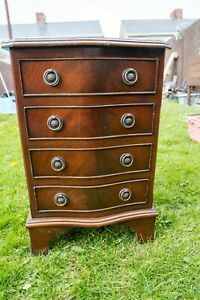 VINTAGE SOLID MAHOGANY CHEST OF DRAWERS BEDSIDE
