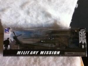 NEWRAY MILITARY MISSION 1:60 SIKORSKY UH-60 BLACK HAWK