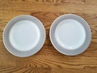 "2 Vintage Pyrex Dove Grey Rim Rimmed Dinnerware 8"" Plates"