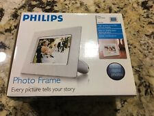 (5554) Philips 7-Inch Digital Picture Frame (White) 7FFICMI