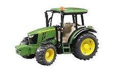 Tracteurs miniatures verts 1:6