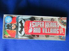SUPERHEROES & VILLIANS FANDEX FAMILY FIELD GUIDES DELUXE EDITION  DC COMICS 2010