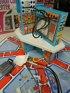 1976 KENNER SIX MILLION DOLLAR MAN MISSION CONTROL CENTER LOTS OF PIECES & BOX